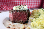 https://reciperealities.net/2014/02/15/romance-on-a-plate-filet-mignon-with-compound-butter-and-mashed-potatoes-with-carmelized-shallots/